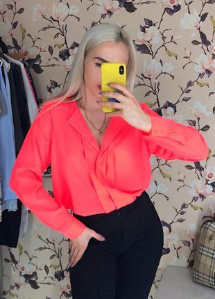 Неоновая блузка