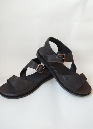 Кожаные босоножки/сандалии
