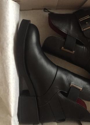 Новые кожанные стильные женские ботинки crisma, размер 39