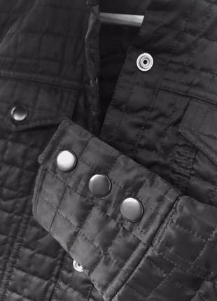 Куртка на заклёпках