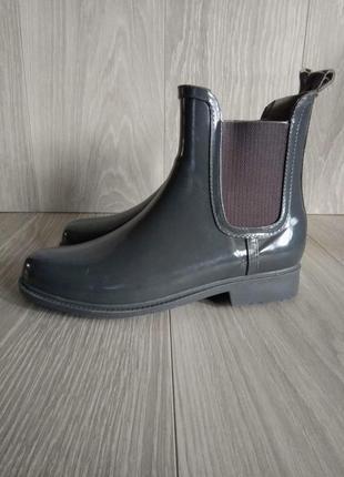 Резиновые ботинки 38 размер