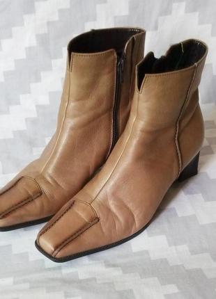 Ботинки, полусапожки, ботильоны, кожа