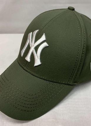 Модная стильная бейсболка 978