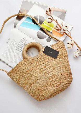 Трендовая плетеная сумка zara