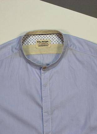 Классная приталенная рубашка без воротника от fil noir