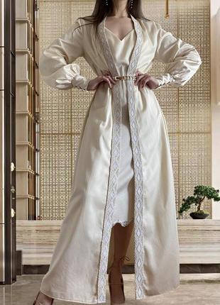 Длинный кремовый кафтан накидка халат lacreccita couture