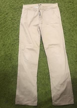 Тонкие джинсы