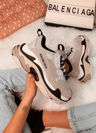 Шикарные кроссовки баленсиага