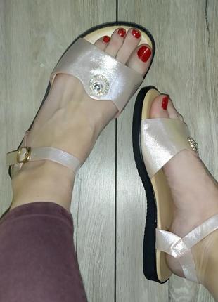 Легкие босоножки 🌿 сандали босоніжки низкий ход