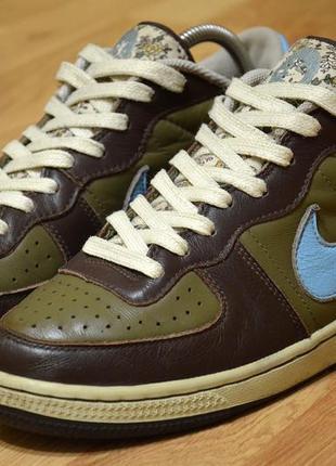 Nike dunk,  оригинал фирменные кожаные кроссовки, кеды  стильные