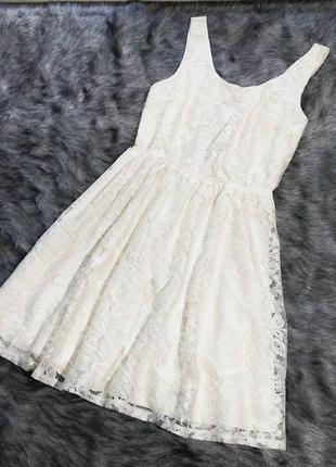 Платье из кружева оттенка айвори cubus