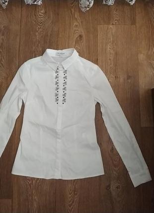 Шикарна біла рубашка