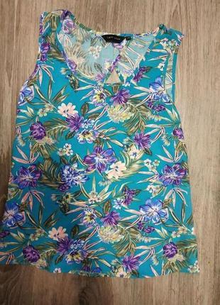 Цветастая блузочка