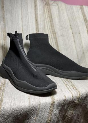 Кроссовки носки bershka