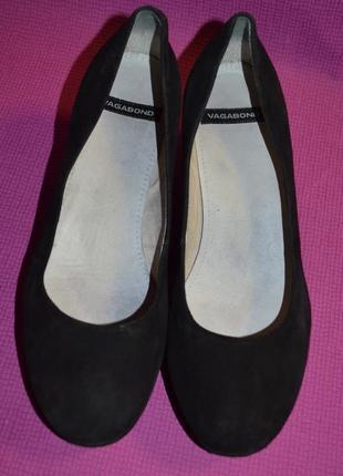 Замшевые туфли2 фото
