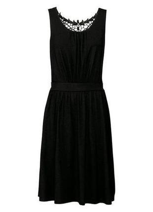 Красивое платье с кружевом esmara