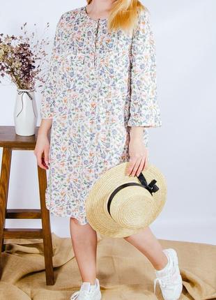 Летнее платье-рубашка с цветочным принтом