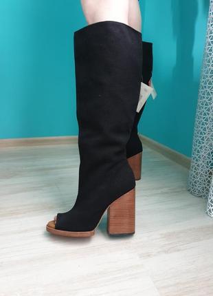 Сапоги чоботи на каблуках