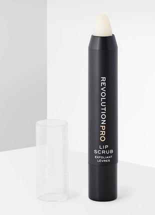 Скраб для губ makeup revolution