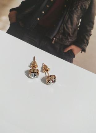 Фсережки пусеты камень под циркон, золотистые серьги гвоздики, кульчики