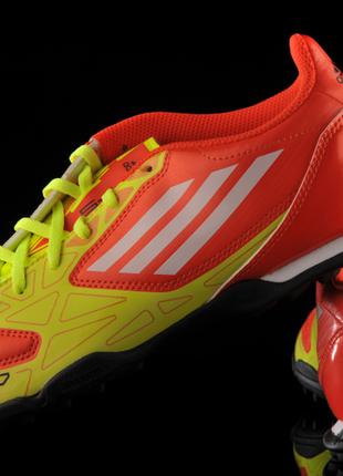 Кроссовки сороконожки adidas f10 trx р.33 оригинал