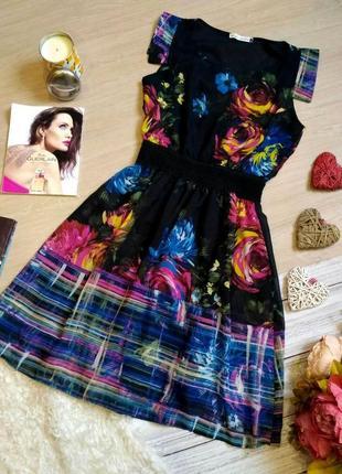 Шикарное  шифоновое платье в принт цветы размер 10-12 (40-42)
