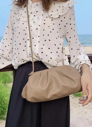 Бежевая сумочка эко кожа