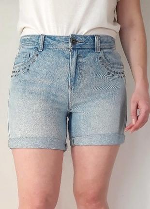 Интересные шорты с заклёпками от m&s