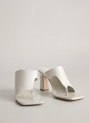 Новые сандали/мюли mango