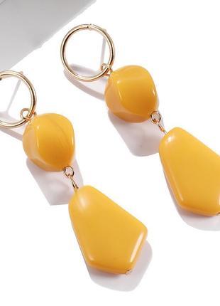 Желтые аериловые серьги под камень, сережки подвески, кульчики