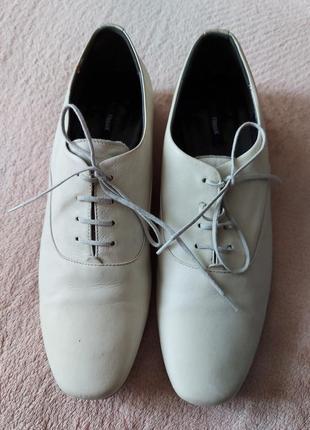 Стильные кожаные туфли flippa k