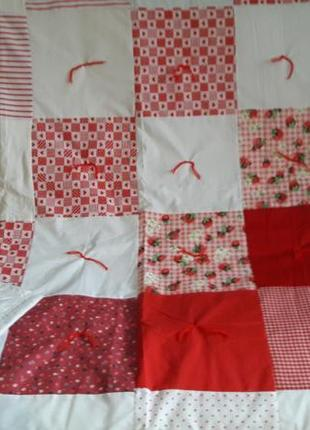 Красивое лоскутное одеяло, плед, покрывало пэчворк с красивыми квадратиками1 фото