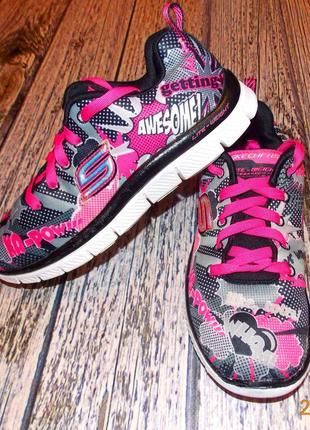 Фирменные кроссовки skechers для девочки, размер 35