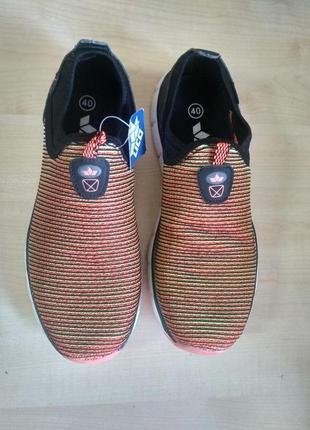 Легкі кросівки lico3 фото