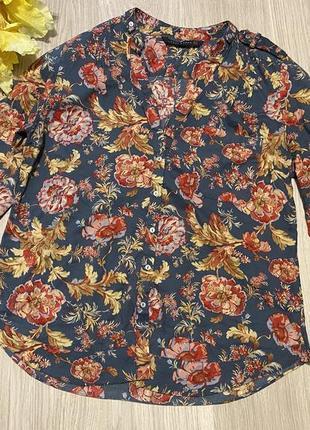Рубашка zara woman в цветочный принт  с v-образным вырезом