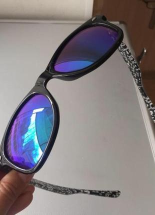 Солнцезащитные очки ray ban4 фото