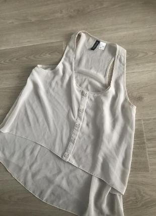 Рубашка блузка летняя стильная бежевая молочная майка светлая без рукавов h&m zara