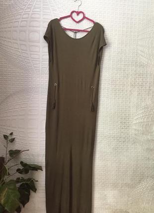 Великолепное платье с открытой спиной от скандинавского бренда vila clothes