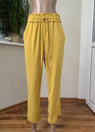 Горчичные летние брюки карго