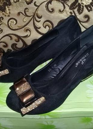 Женские туфли р.40
