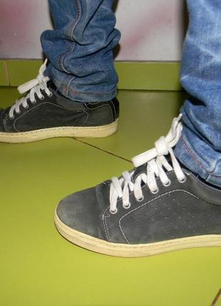 Мокасины кеды кроссовки на мальчика 35 р