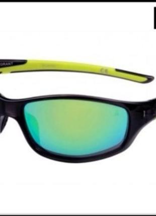 Зеркальные солнцезащитные очки iron man
