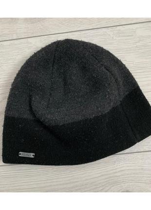 Шапка чоловіча, чорна з сірим, мужская шапка.