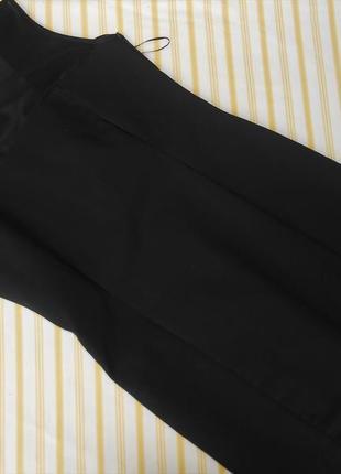 Mango красивое черное платье на невысокую девушку м-ка