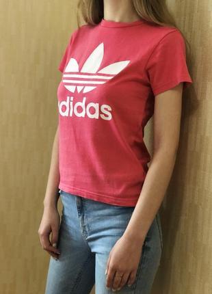 Оригинальная футболка аdidas розового цвета