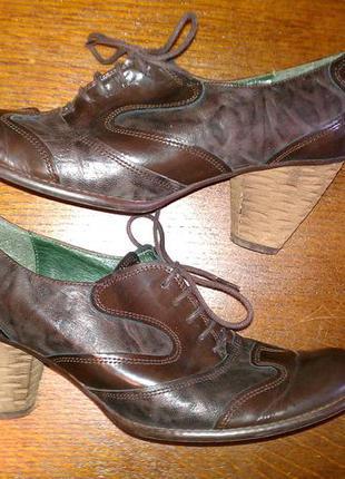 Туфлі 39р шкіра