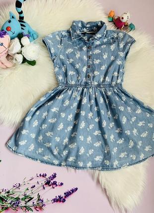 Фирменное легкое джинсовое платье george девочке 5-6 лет