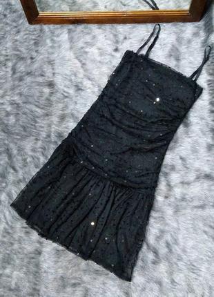 Платье декорировано пайетками gina tricot