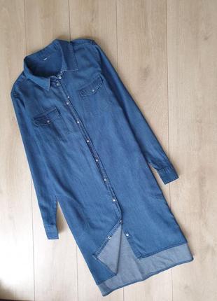 Легкая джинсовая рубашка платье