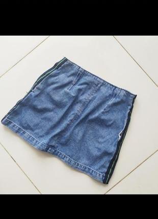 Мини юбка джинсовая с лампасами